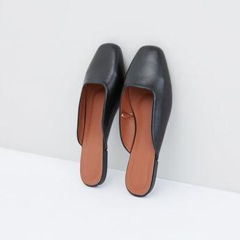 حذاء خفيف سهل الارتداء
