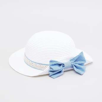 Textured Hat with Bow Applique