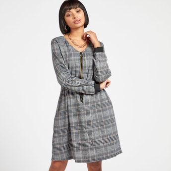 Chequered Bodycon Midi Dress with Long Sleeves and Drawcord Detail