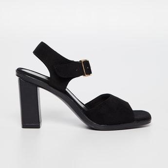 CATWALK Solid Buckled Strap Block Heel Sandals