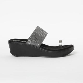 CATWALK Women Embellished Toe-Ring Wedges