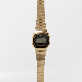 CASIO Vintage Digital Watch D124