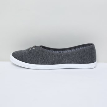 MAX Solid Lace-Detailed Slip-On Shoes
