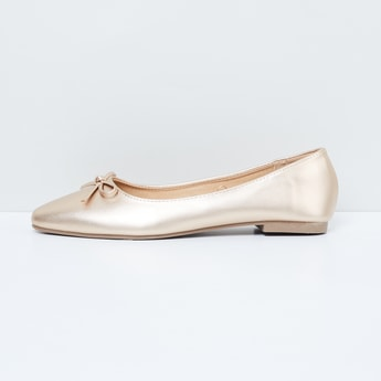 MAX Pointed-Toe Sheen Ballerinas