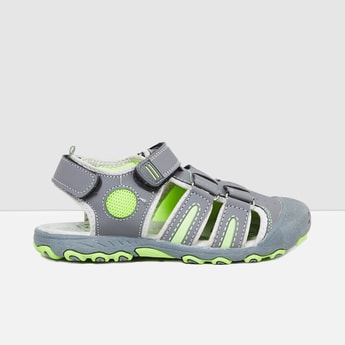 MAX Solid Velcro-Strap Casual Shoes