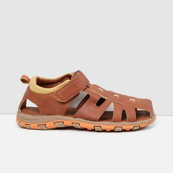 MAX Textured Sandals with Cutouts