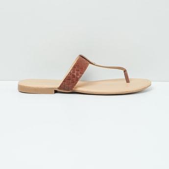 MAX Weave Textured T-strap Flat Sandals