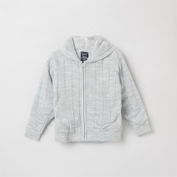 MAX Solid Full Sleeves Hooded Sweater