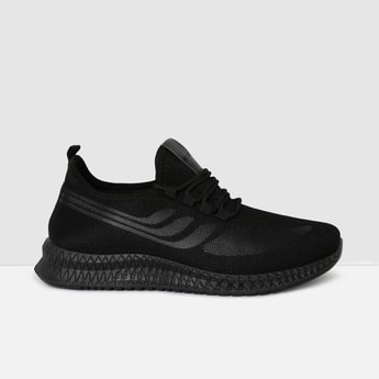 MAX Solid Lace-Up Sports Shoes