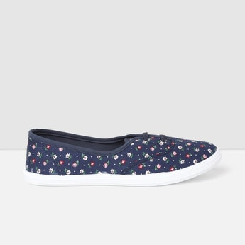 MAX Floral Print Casual Lace-Up Canvas Shoes