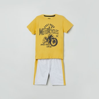MAX Graphic Print Lounge T-shirt with Shorts