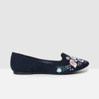 MAX Embroidered Ballerinas