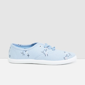 MAX Printed Lace-up Sneakers