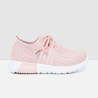 MAX Mesh Lace-Up Casual Shoes
