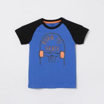 MAX Typographic Print Ragaln Sleeves Crew Neck T-shirt