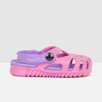 MAX Solid Closed Clog Sandals
