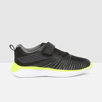 MAX Printed Sports Shoes
