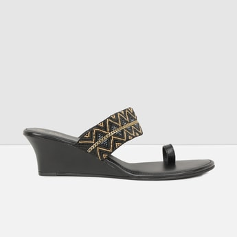 MAX Embellished One-Toe Heel Sandals