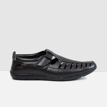 MAX Solid Shoe Style Sandals