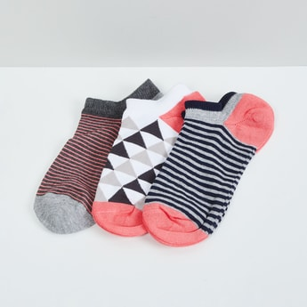 MAX Textured Socks- Pack of 3