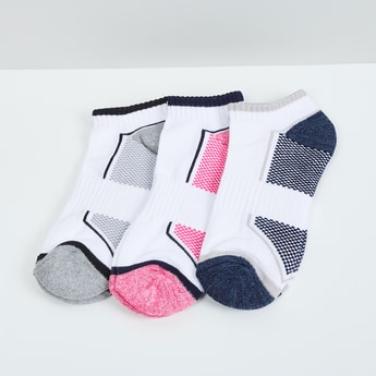 MAX Textured Ankle Length Socks - Pack of 3