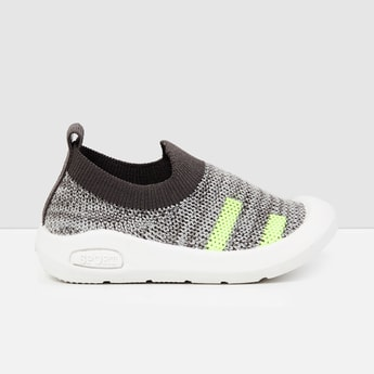 MAX Mesh Panelled Detail Slip-On Shoes