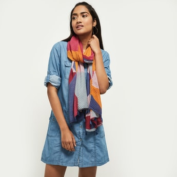 MAX Textured Scarf with Tassels