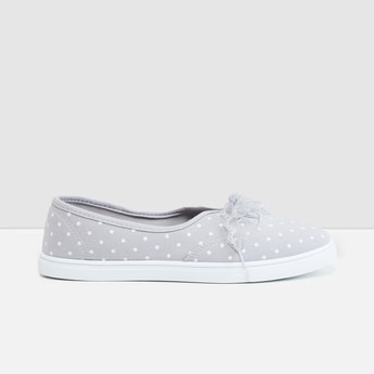 MAX Printed Slip-On Shoes