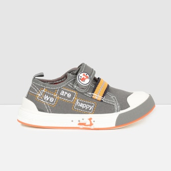 MAX Embroidered Velcro Shoes