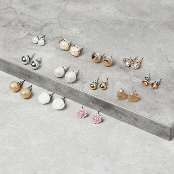 MAX Embellished Studs - Pack of 12