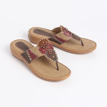 CATWALK Textured Sandals
