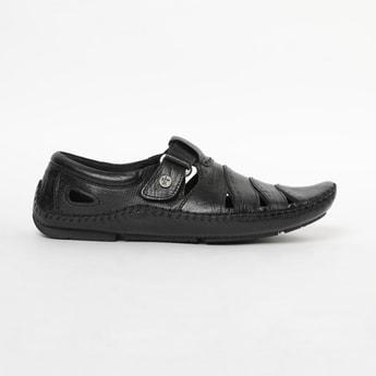 BUCKAROO Genuine Leather Textured Sandals