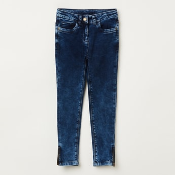 BOSSINI Mid-Washed Jeans with Zipper