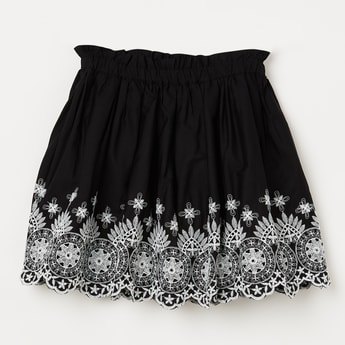 FAME FOREVER YOUNG Embroidered Scalloped Hem Skirt