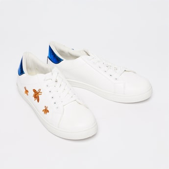 TRUFFLE COLLECTION Embroidered Lace-Up Shoes