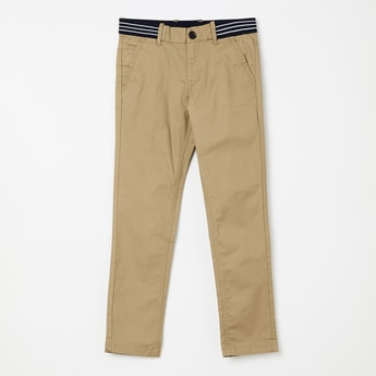 INDIAN TERRAIN Solid Low Rise Chinos with  Striped Elastic Belt