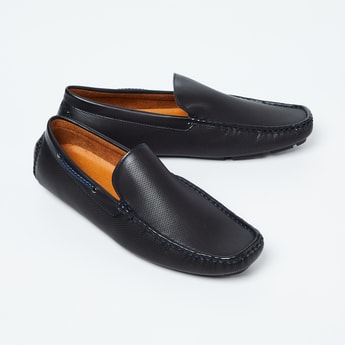CODE Square-Toe Textured Loafers