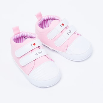 FAME FOREVER Solid Velcro Closure Shoes
