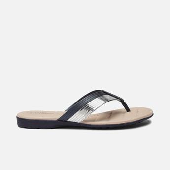 MODARE Women Textured V-strap Flats