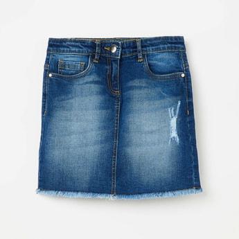 FAME FOREVER YOUNG Distressed Frayed Hem Denim Skirt