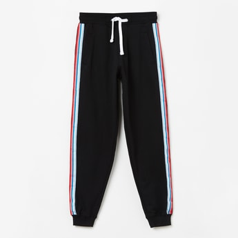 FAME FOREVER YOUNG Solid Joggers  with Contrast Taping