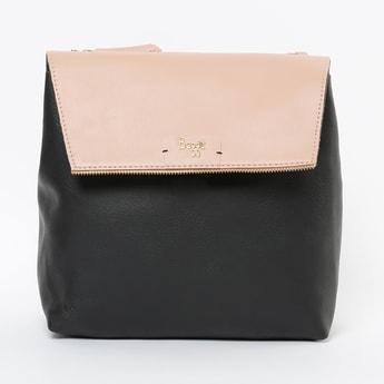 BAGGIT Colourblocked Flap Closure Backpack