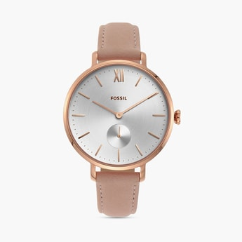 FOSSIL Women Analog Watch with Leather Strap - ES4572