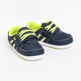 FAME FOREVER Textured Low-Top Casual Shoes