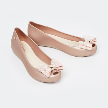 GINGER Solid Ballerinas with Shimmery Bow