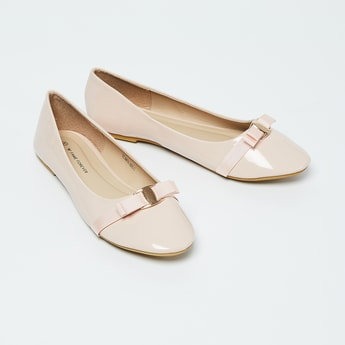 FAME FOREVER Solid Bow Detailed Ballerina Flats