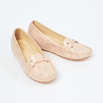 CODE Solid Wedge Heel Loafers