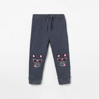 JUNIORS Drawstring-Waist Joggers with Applique