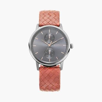 TITAN Athleisure Men Water-Resistant Multifunctional Watch - 90118QL01