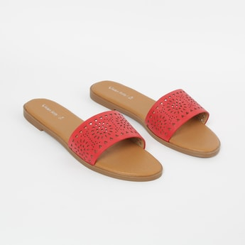 ALLEN SOLLY Laser-Cut Flat Sandals